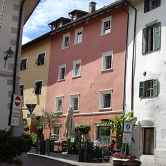 zur Rose San Michele/Eppan
