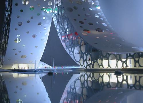 上海的 [人] �型建築-4
