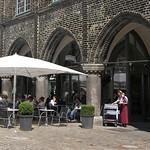 Cafe unter den Rathausarkaden