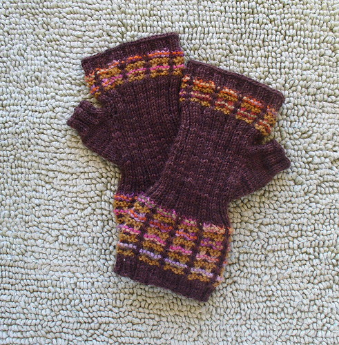 * These are cool!  p.s.  There is a matching sock pattern, too!  ;)