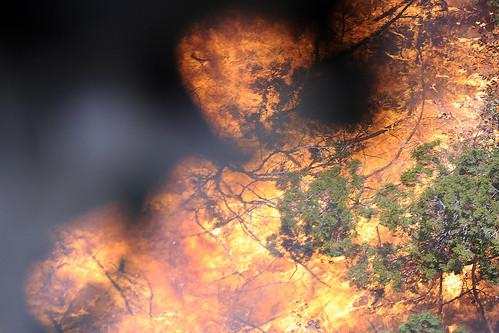 Flames burn out of control at Possum Kingdom Lake