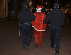 Santa gets arrested - Santacon 2008