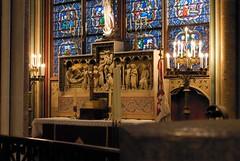 Notre-Dame de Paris an altar?