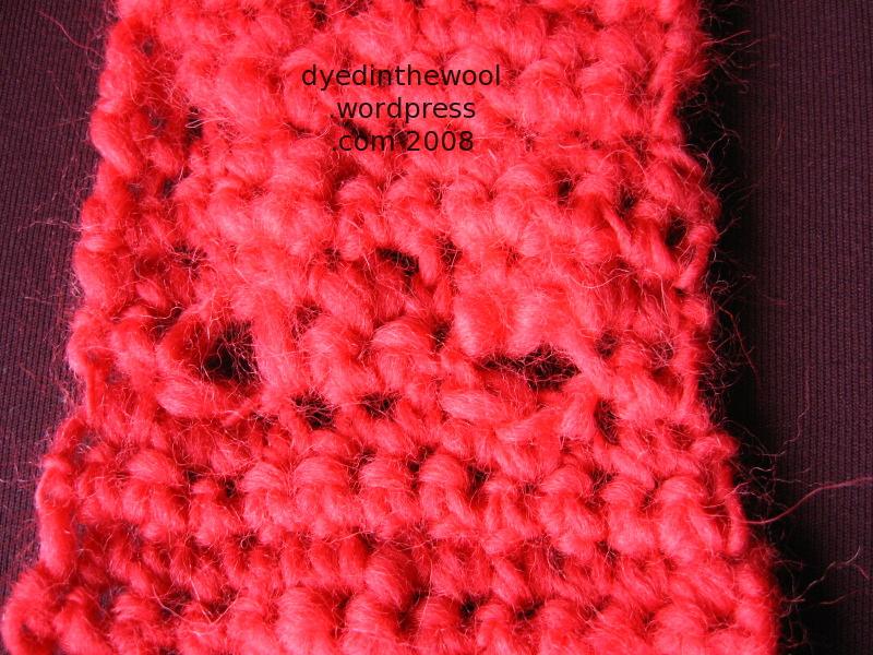 crochet neckwarmer buttonholes2