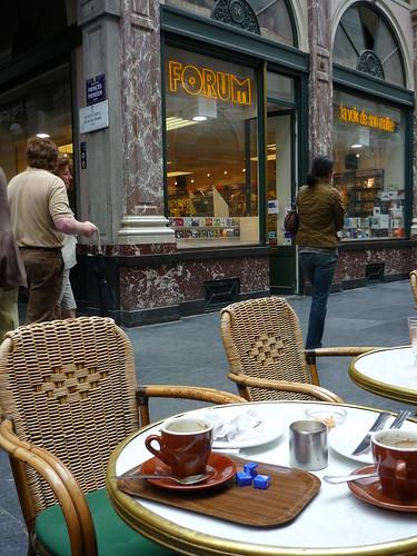 Having coffee in Galerie de la Reine, Brussels