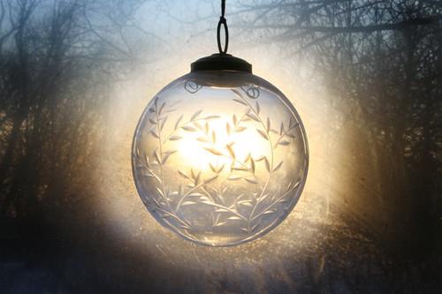 ornament_1600x1066