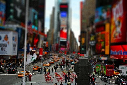 mini times square por TJ Demonte.
