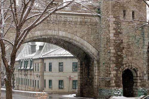 Quebec City walls at Rue St Louis-3