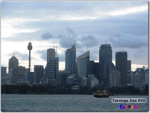Sydney - Gloomy Clouds