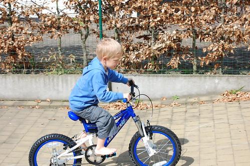Rune op de nieuwe fiets