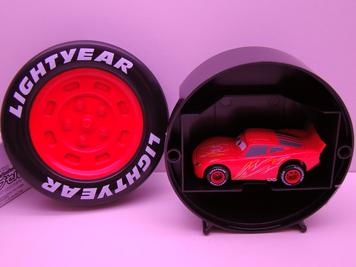 tomica mcqueen red