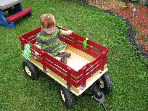 Boppin up and down in my little red wagon