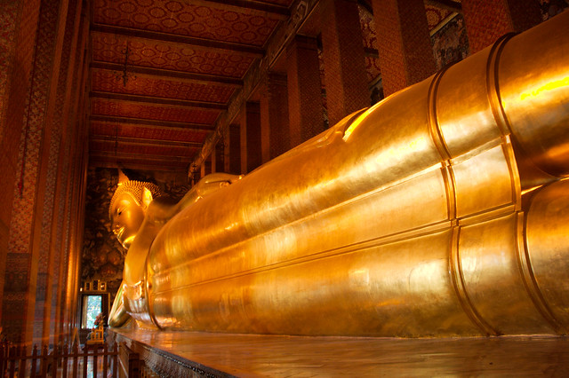 The reclining Buddha in Wat Po Bangkok