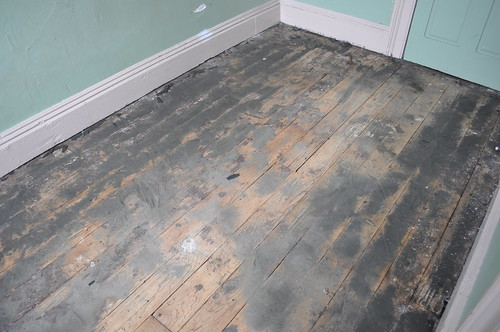 Closet pre-vacuuming