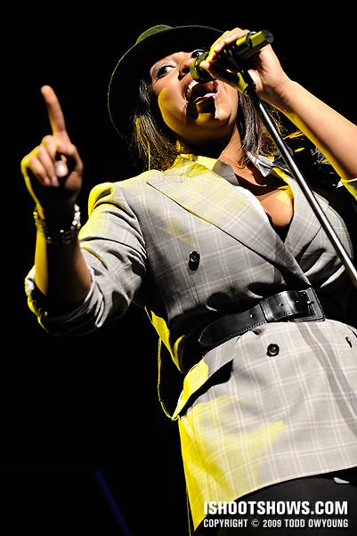 Jazmine Sullivan @ the Fox Theatre -- 2009.03.01