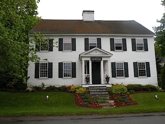 White House in Sandwich MA