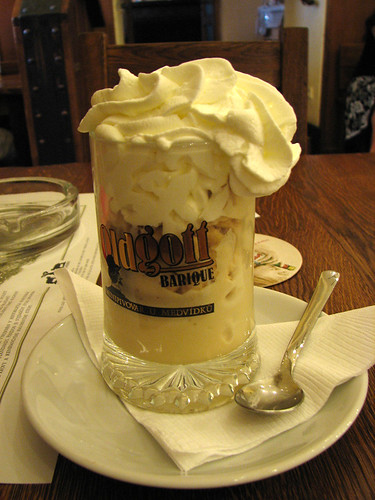 Beer icecream by you.