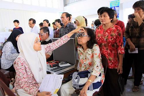 Eye check