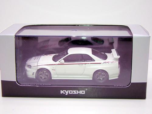 kyosho Z Tune Skyline GT-R R34 (1)