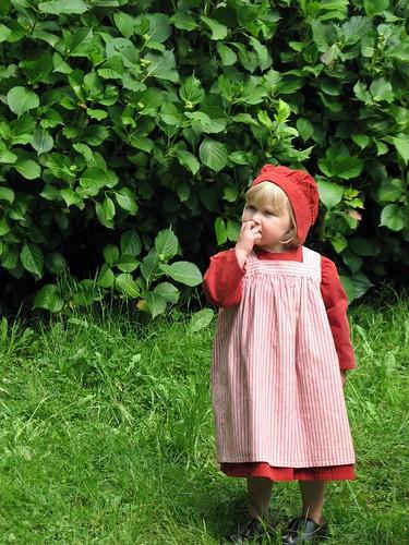 Cute Little Girl by photonooner.