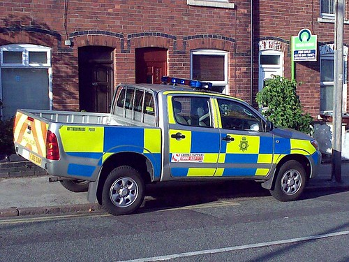 Nottinghamshire Police Vehicle - What's wrong here?