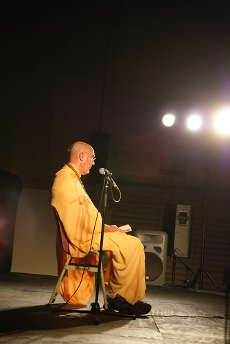 Sharing the spiritual wisdom - His Holiness Indradyumna Swami Maharaj