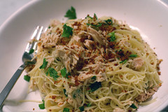 Spaghetti with Tuna, Lemon, and Breadcrumbs
