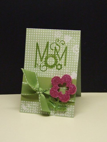 And we loved Windy Robinsons monochromatic Mom card with a splash of fushcia!