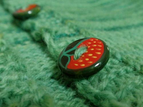 button-band even-closer-up
