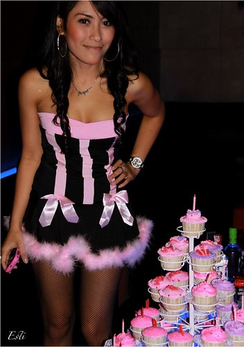 B'day Girl & Hot Pink Cuppies