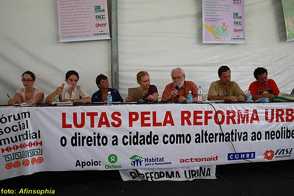 Nas lutas pela reforma urbana.