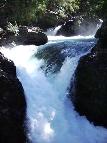 Cascada de los Alerces