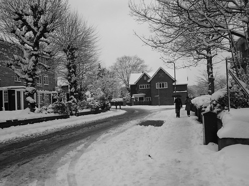 Glenbuck Road in the snow
