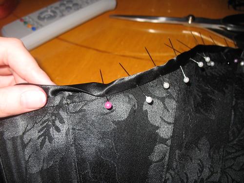 making a corset 35