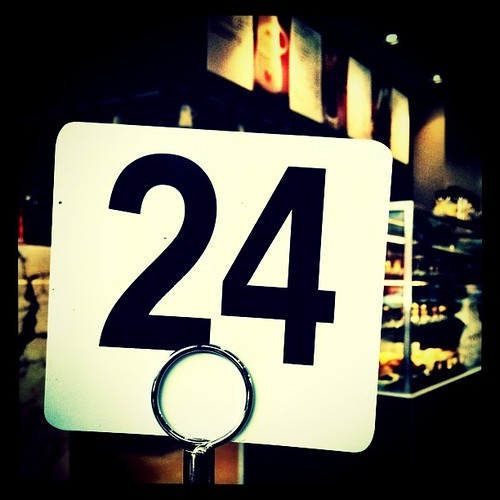 The product of any four consecutive numbers is divisible by 24. #randomFacts #numbers