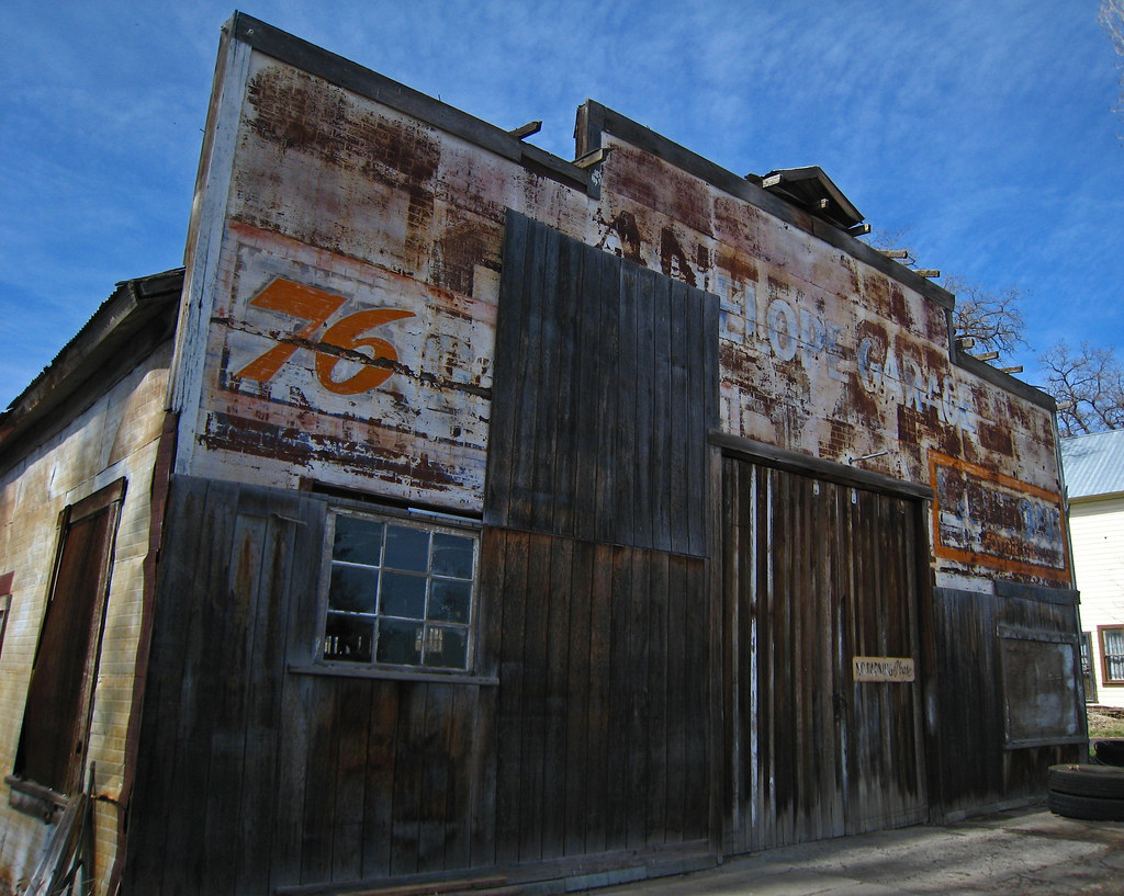 Service station in Antelope Oregon
