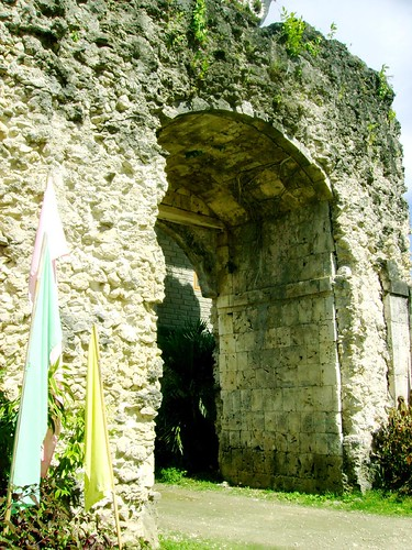 Pueblo gate