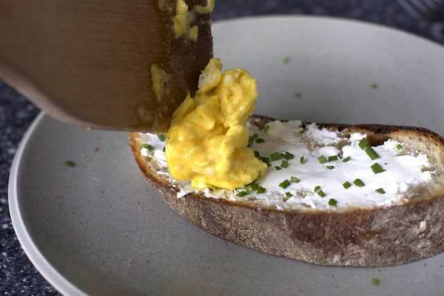 scrambled egg toast – smitten kitchen