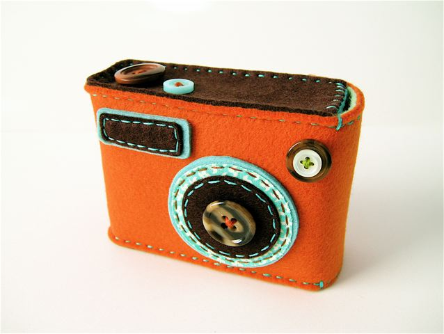 "Camera camera case ""Degicame"" (orange/dark brown)"