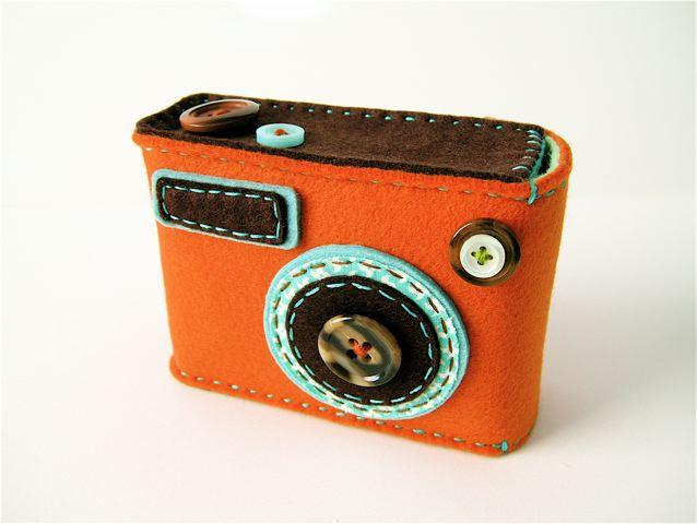 "Camera camera case ""Degicame"" (orange/dark brown)"