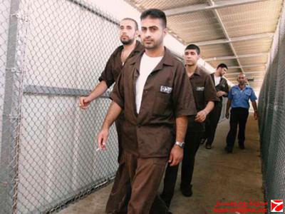 """أسرى فلسطينيون في """" المردوان """" الممر"""