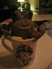Knit frog & Becca Mug