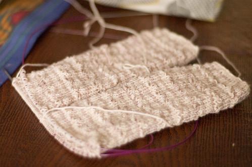 undulating rib socks (by bookgrl)