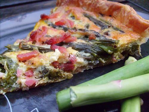 Quiche aux pointes d'asperges vertes / Green asparagus head pie