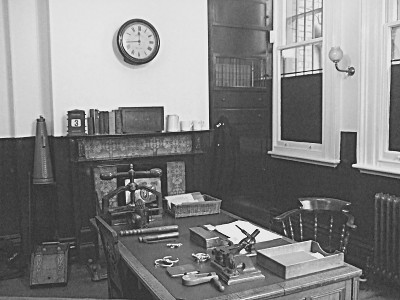 The charge office, as it was when first built in 1879. This is where criminals were first brought when they were brought into the police station.