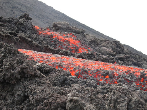 Lava flow on Volcan Pacaya
