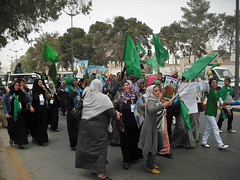 110525 Libyan women torn between regime, rebel...