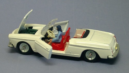 Dinky 404 cabriolet