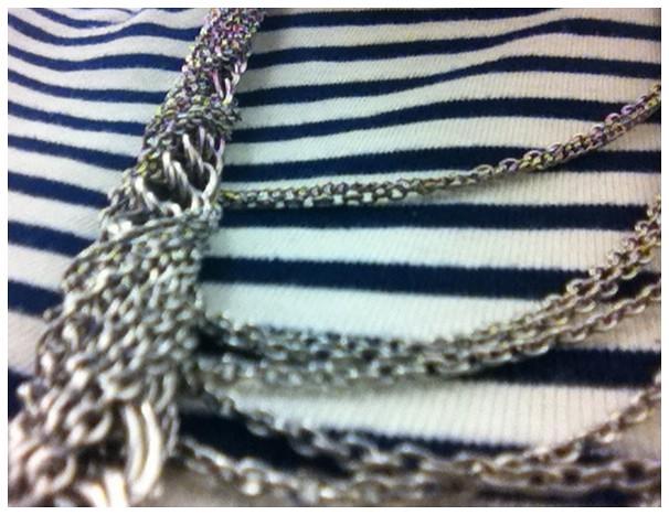 Details: stripes, chains