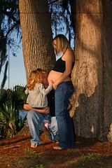 Kraft Azalea Gardens maternity shoot